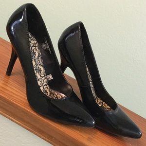 Black stiletto pumps, like new. Size 9.5