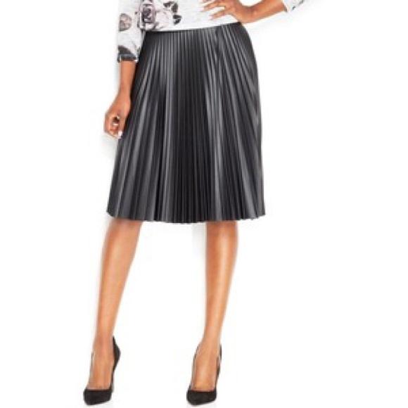 76 bar iii dresses skirts faux leather black