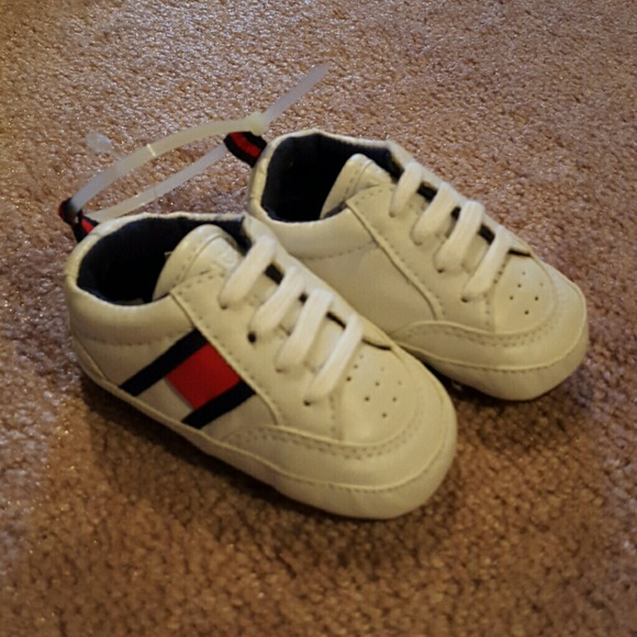 7305ac9d7494f9 Tommy Hilfiger soft sole baby sneakers