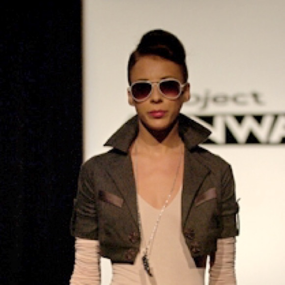INC International Concepts Jackets & Coats - Project Runway COLLECTABLE Gray Cropped Blazer