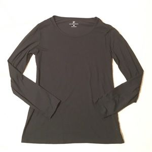 Jet Black‼️NY&C Long-sleeved Tee