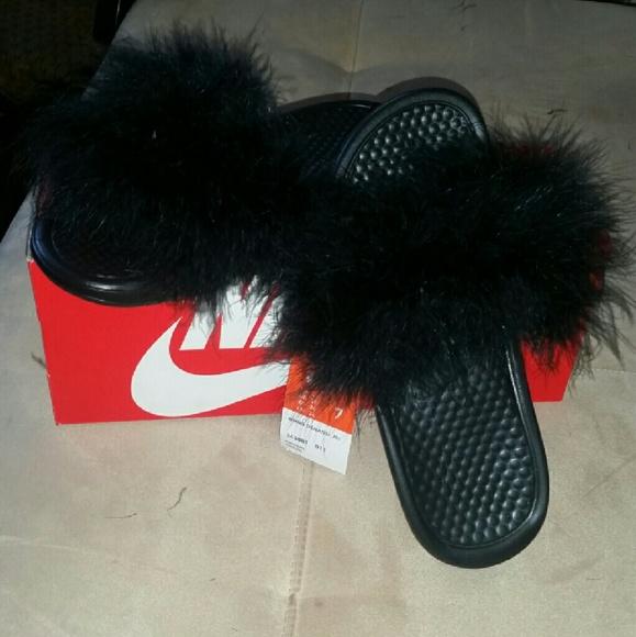 Nike faux fur slides 221735be7e5f