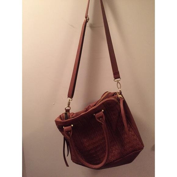 0615a0847438 Steve Madden large crossbody handbag. M 5713042df0137d68840479f0
