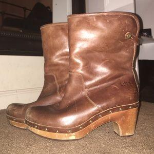 UGG clog boots