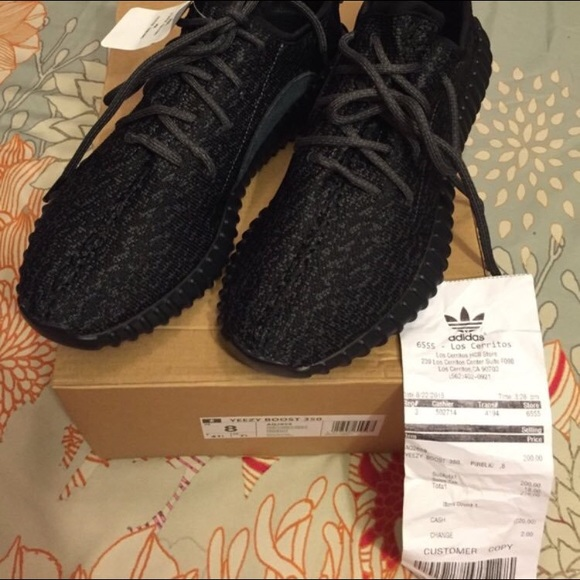 7708760501a34 Adidas Yeezy Boost 350 Pirate Black