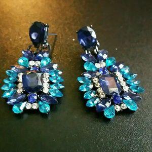 Iconic Legend Jewelry - Blue Sea's Crystal Earrings
