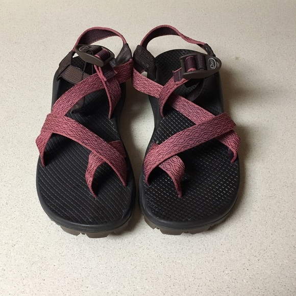 87a6678125e Chaco Shoes   Savedpinkburgundy Size 8 S   Poshmark