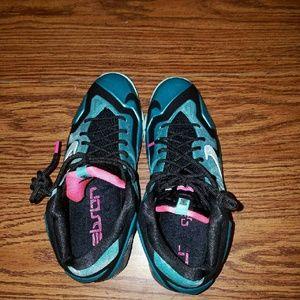 Nike Shoes - LeBron 11 South Beaches