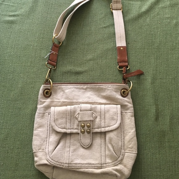 18658d66e8e0 Fossil Handbags - Fossil cream canvas and leather cross body bag