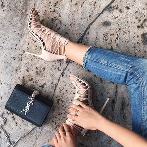 Pour la Victoire Elaina heels size 7