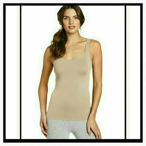 Listing not available hanro other from morgan 39 s closet for Hanro touch feeling t shirt bra