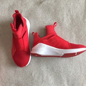 Chaussures Puma Rouge Féroce liHa6eX6Ar