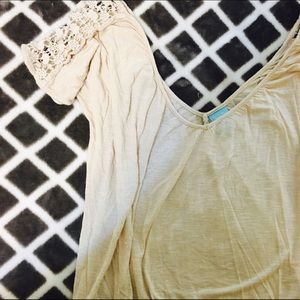 HIP Top with Lace Detail
