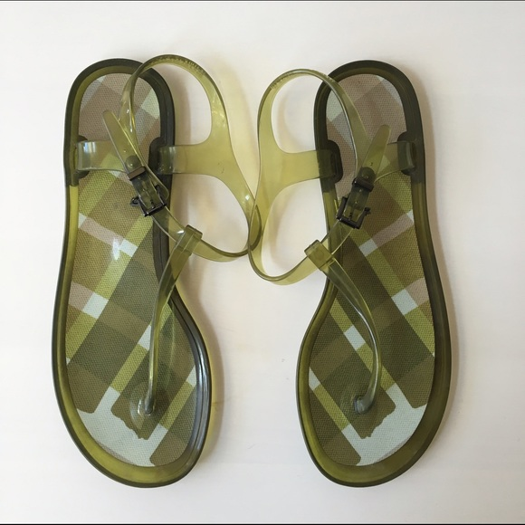 a65bbe847111 Burberry Nova Check Jelly Thong Sandals - Size 40.  M 5714078d5c12f8899c05cf5a
