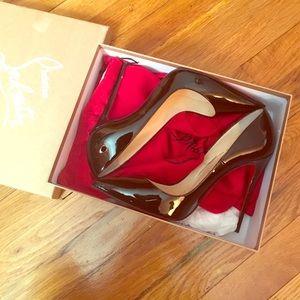 Christian Louboutin So Kate 40.5