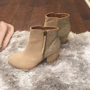 Sparkly Booties size 6.5