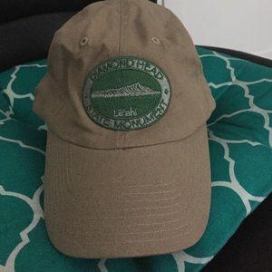 Accessories - New Never Worn  Hat (Diamond Head Hawai'i )