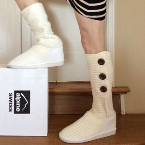 Alpine Swiss Shoes - Alpine Swiss White Knit Boots Wood Buttons  Winter