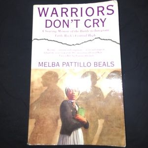 an analysis of warriors don t cry Warriors don't cry melba pattillo beals chapter 1 notes (1-11) melba is 15 years old when she integrates central high born on pearl harbor day (dec 7, 1945) scalp injury at birth due to the doctor's use of forceps nurses in the white hospital failed to wash her wound in epson salts as directed by the doctor.