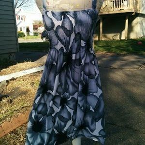 Dresses & Skirts - 🚫🚫🚫🚫SOLD!Summer dress🚫🚫🚫🚫