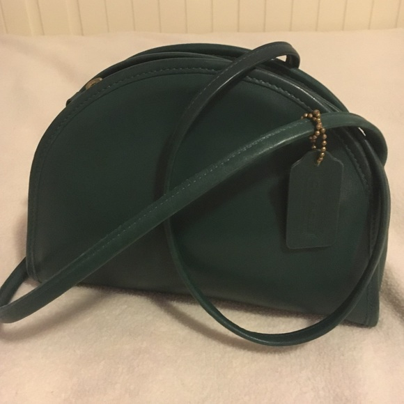 8426c9f59a2d Coach Handbags - ❗ SALE ❗️Vintage Forest Green Coach Crossbody