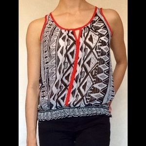 Sheer Patterned Tank Top 🔲