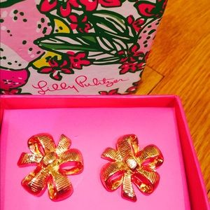 NWT Lilly Pulitzer Gold Bow Earrings with Box
