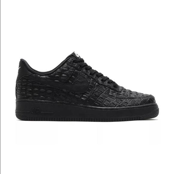 official photos 35570 b192d womens black faux alligator skin Nike Air Force 1
