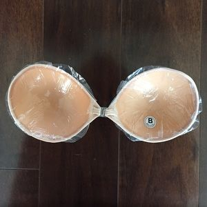 8969b9c1255 Blue Eyed Daisy Intimates   Sleepwear - New Nude Backless Strapless Bra  Sticky Adhesive