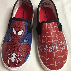 17c66d4eb8f3 ... Spiderman hand painted shoes ...