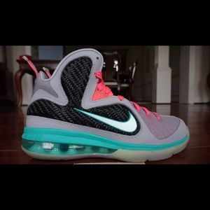 brand new d9076 be446 Lebron James Miami Vice Sneakers