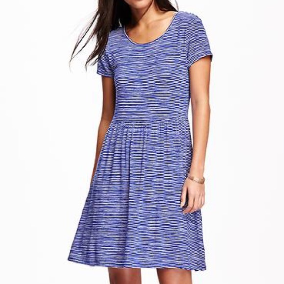 a704ee41bb434 NWT Old Navy fit flare stripe dress