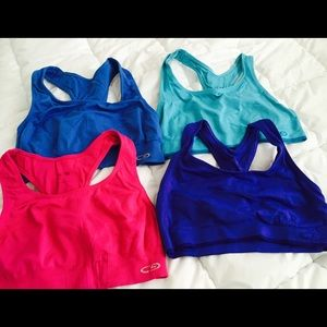 Sports bra - Medium - 4 Total