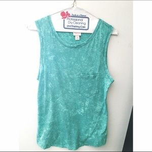 Cutoff turquoise acid washed top