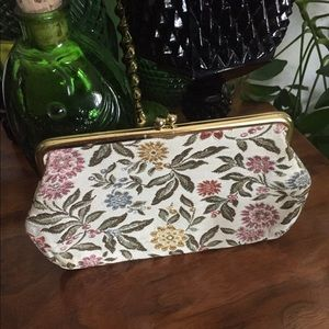Vintage BARONET Tapestry Clutch w Kiss-Closure