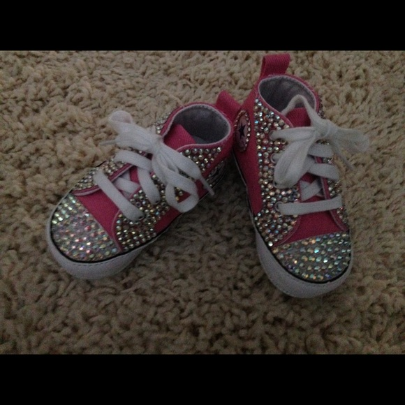 82caf508c2f5 Baby bling Converse