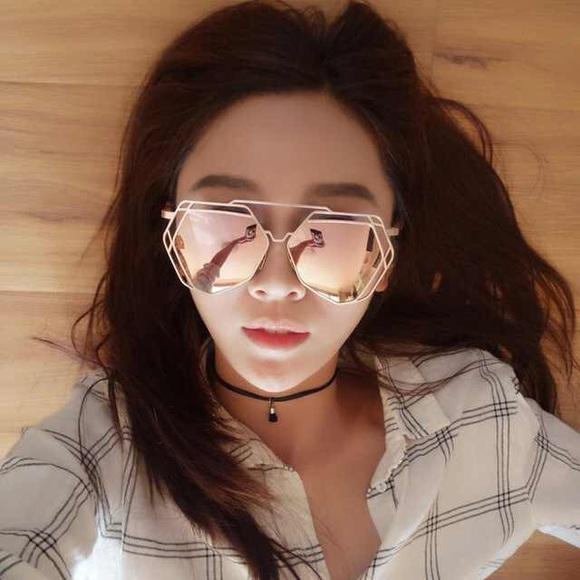 8de83bcb0e ❗️LAST ONE❗Pink Gold Hexagon Sunglasses