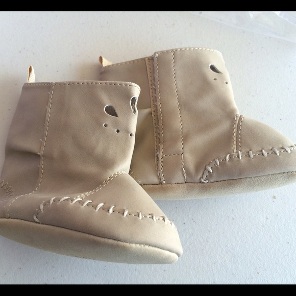 off Baby Gap Shoes NWOT baby gap tan leather boot