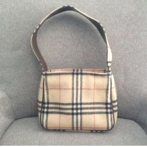 authentic burberry outlet online 5zfn  authentic burberry bags outlet online