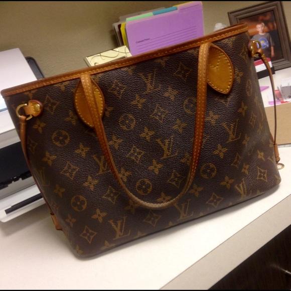 2ed6ec061e1 Louis Vuitton Bags | Pm Neverfull Purse | Poshmark