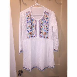 Dresses & Skirts - White dress! 💕