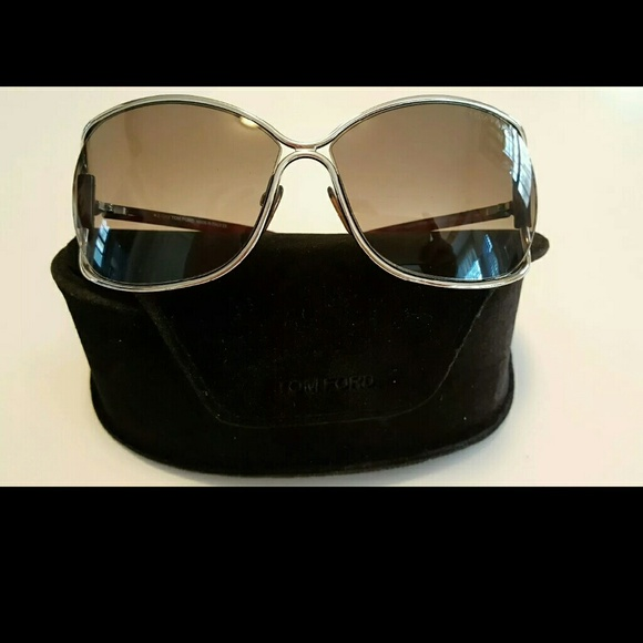 c6dd8d59be6 Authentic Tom Ford Eugenia Women Sunglasses. M 5715882b6d64bc5d0d003f10.  Other Accessories ...