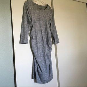 Size black L Liz Lange Women/'s Maternity Spacedye Sleeve T-shirt Dress