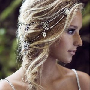 Olivia Winter Headpiece Crystal + Pearl