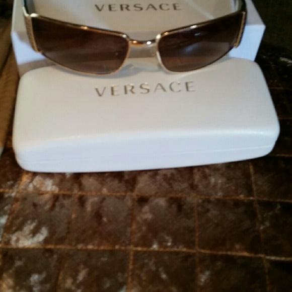 b6e693aeffa1 Versace Accessories