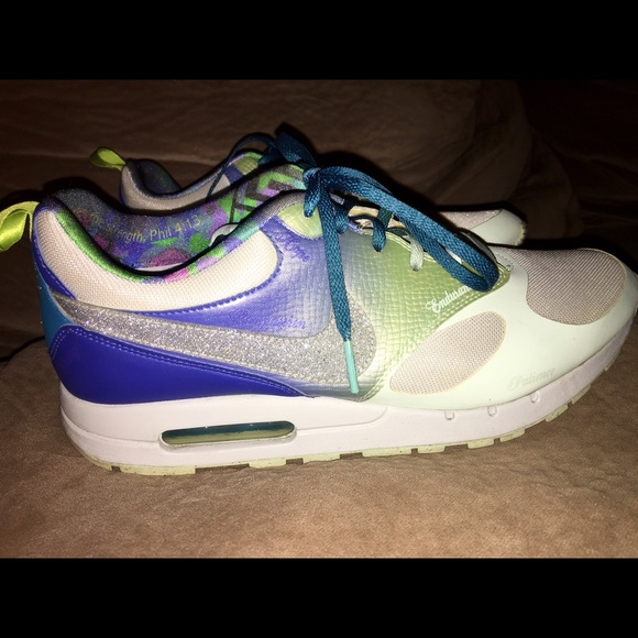 Nike Shoes - Nike Air Max Shoes