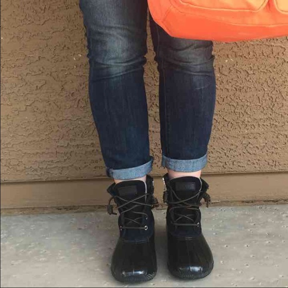 Sperry Top Sider Saltwater Duck Boots 6 Black. M 571654ccf739bc9519004080 141266a0c507