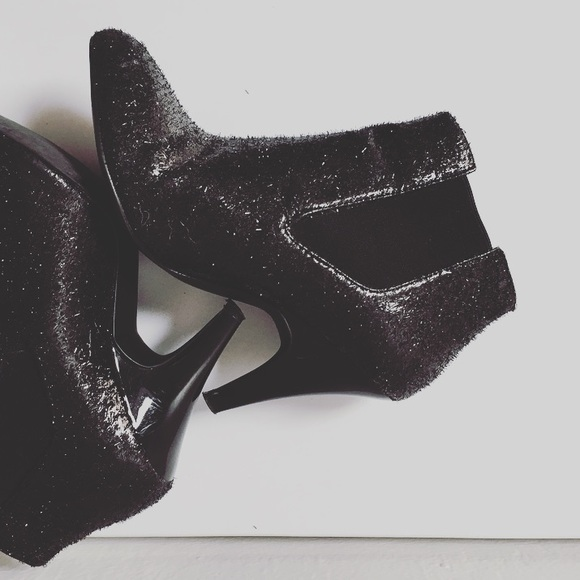 🔥 Shiny glitter ankle heeled boots new year party