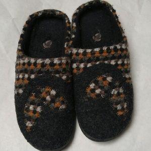 Acorn Shoes - Acorn womans slipper