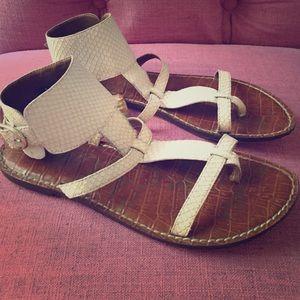 Sam Edelman nude snake sandal size 7